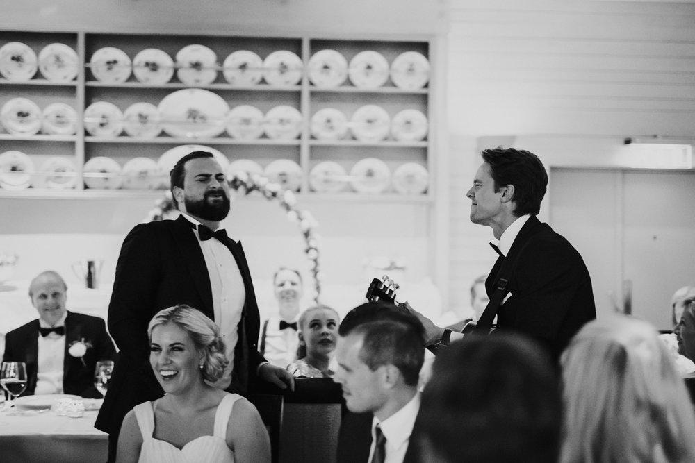 078-bryllupsfotograf-holmenkollen-kapell-lysebu-tone-tvedt.jpg