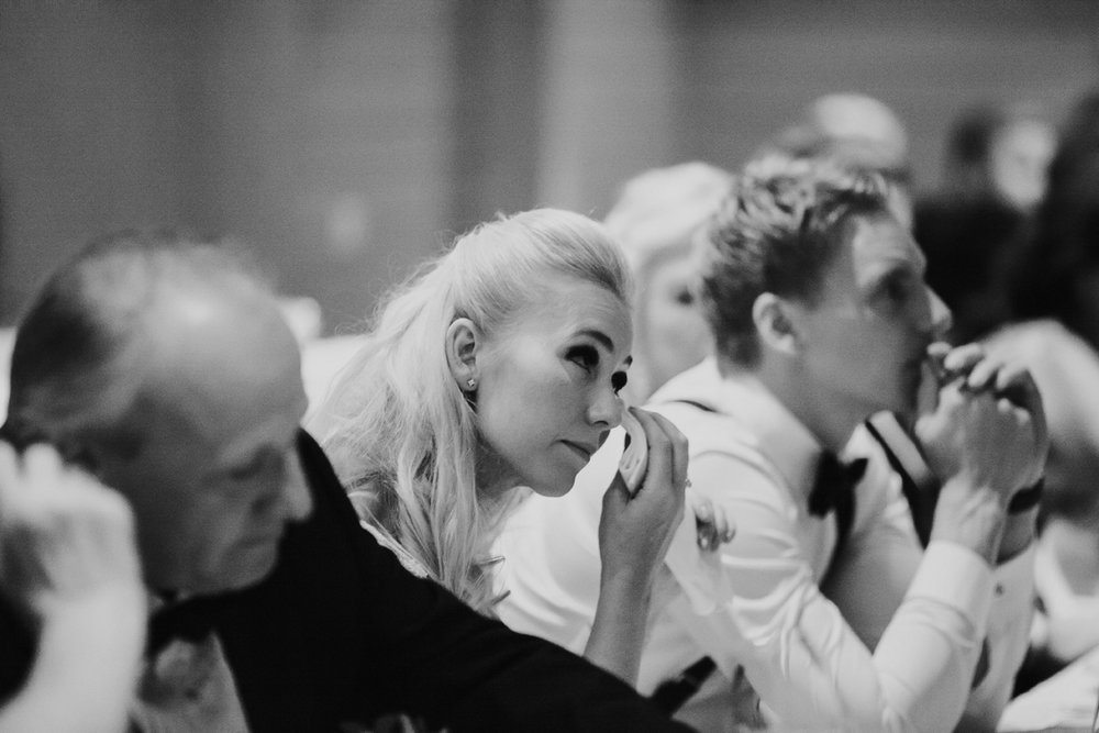 084-bryllupsfotograf-holmenkollen-kapell-lysebu-tone-tvedt.jpg
