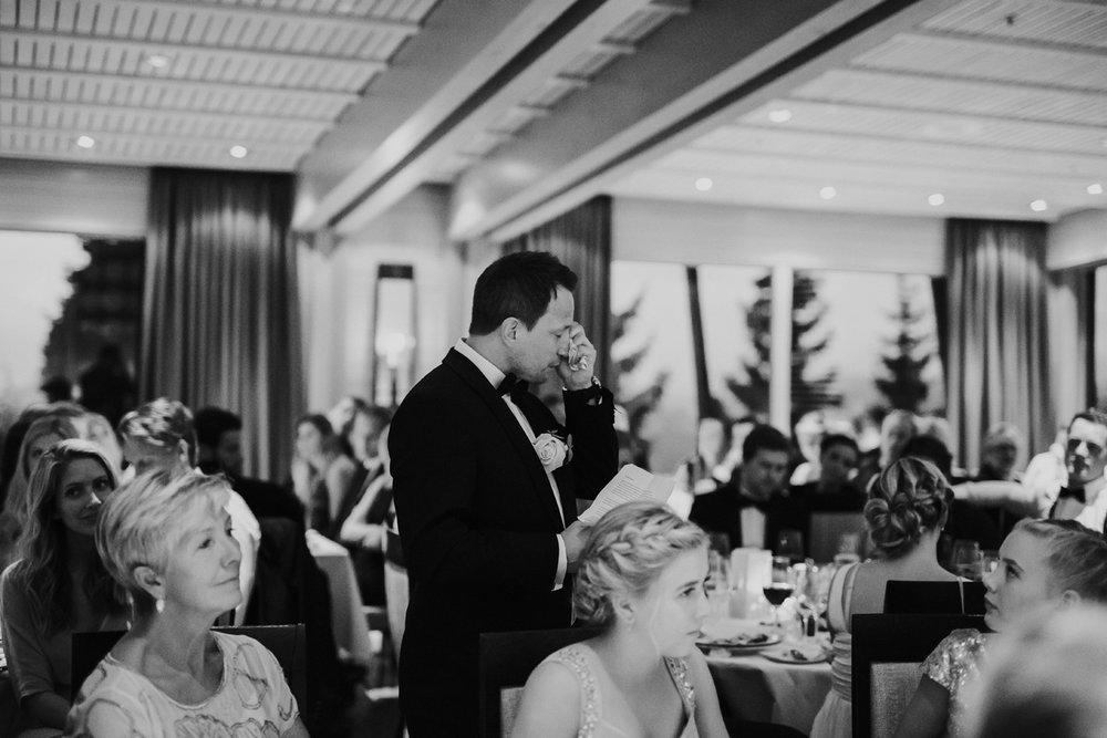 086-bryllupsfotograf-holmenkollen-kapell-lysebu-tone-tvedt.jpg