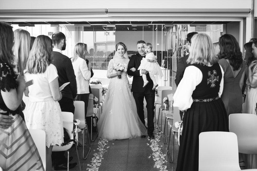 007-bryllupsfotograf-kristiansand-verftet-fotograf-tone-tvedt.jpg