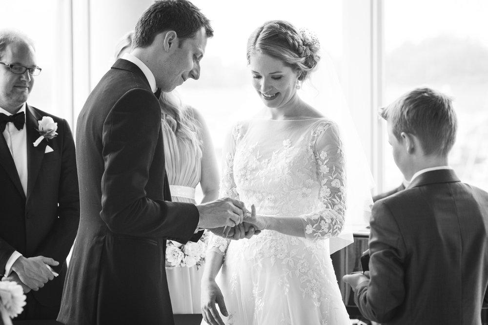 012-bryllupsfotograf-kristiansand-verftet-fotograf-tone-tvedt.jpg