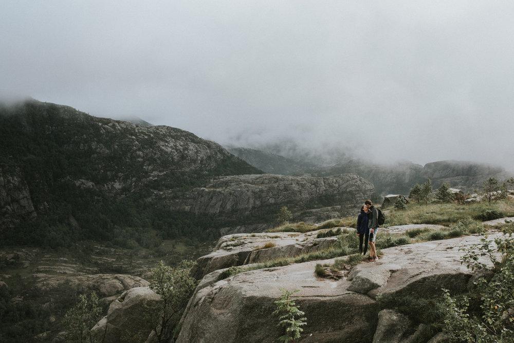 075-bryllupsfotograf-Stavanger-prekestolen-fotograf-tone-tvedt.jpg