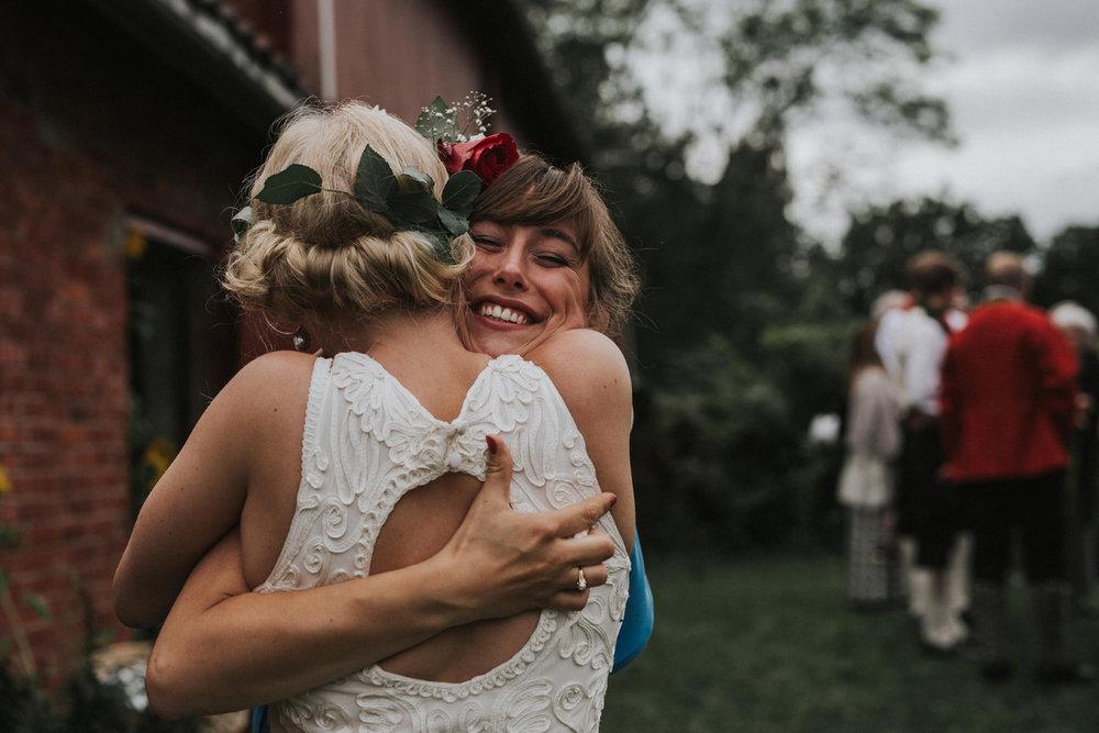 028-bryllupsfotograf-oslo-drobak-laavebryllup-tone-tvedt.jpg