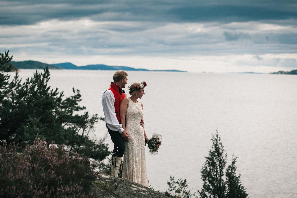 034-bryllupsfotograf-oslo-drobak-laavebryllup-tone-tvedt.jpg