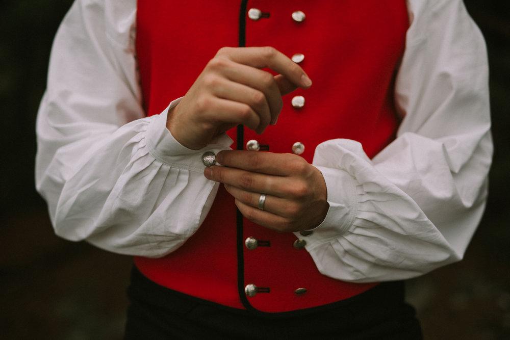 041-bryllupsfotograf-oslo-drobak-laavebryllup-tone-tvedt.jpg