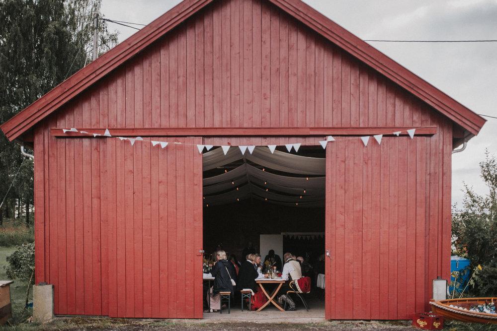 051-bryllupsfotograf-oslo-drobak-laavebryllup-tone-tvedt.jpg