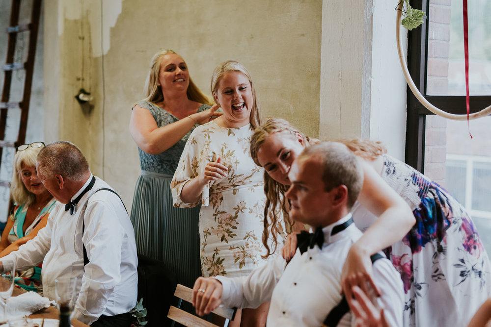 Bryllup-Lageret-Tofte-bryllupsfotograf-177.jpg