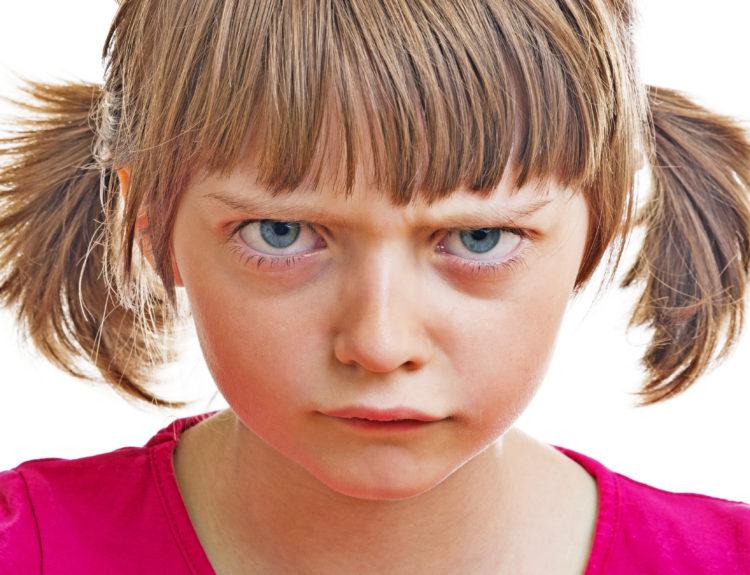 Angry girl.png