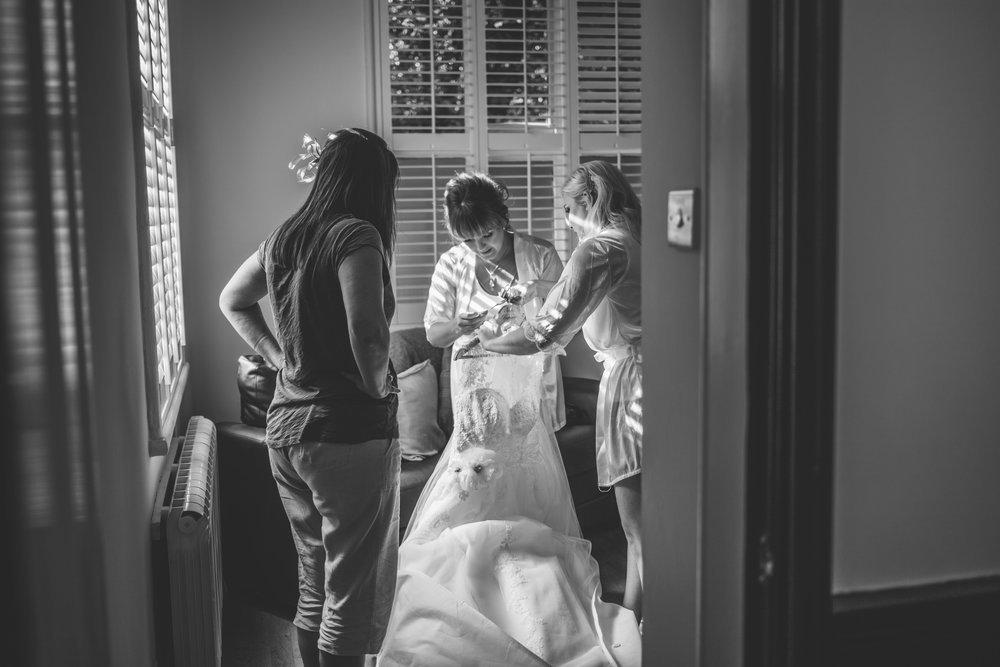 Samlesbury_Hall_Wedding_Photographer_2017_-4.jpg