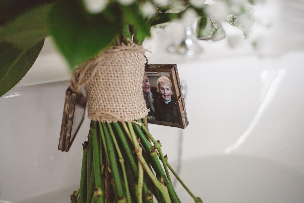 Samlesbury_Hall_Wedding_Photographer_2017_-8.jpg