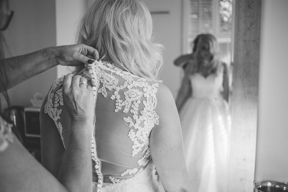 Samlesbury_Hall_Wedding_Photographer_2017_-19.jpg