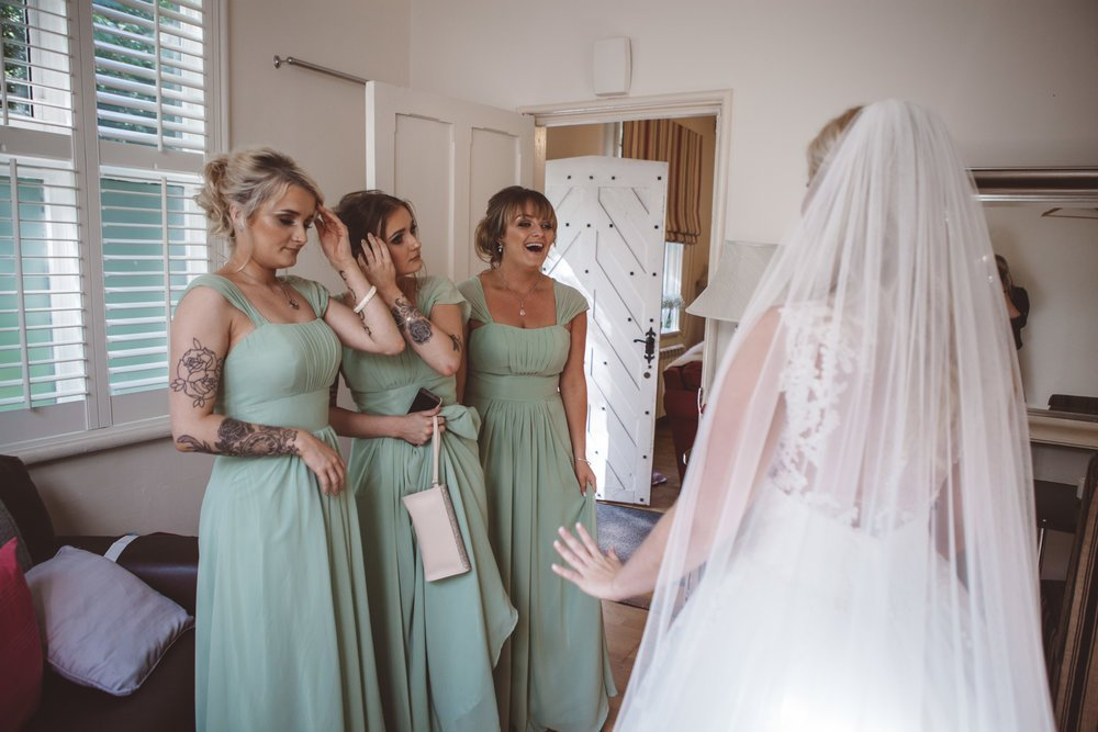 Samlesbury_Hall_Wedding_Photographer_2017_-23.jpg