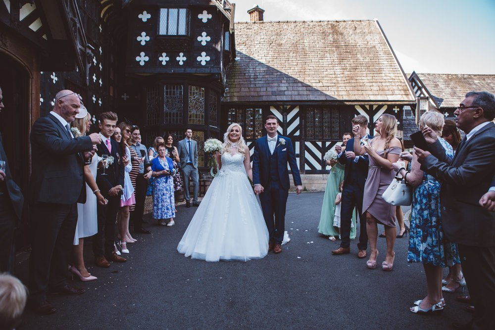 Samlesbury_Hall_Wedding_Photographer_2017_-38.jpg