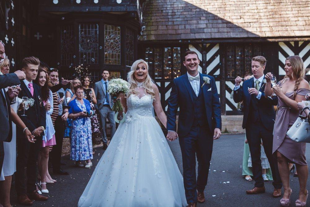 Samlesbury_Hall_Wedding_Photographer_2017_-39.jpg
