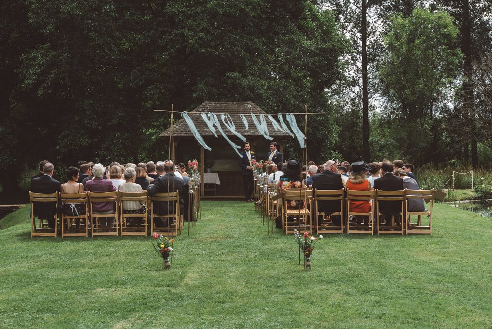 Bittenham-Springs-Outdoor-ceremony-wedding-photography-11.jpg