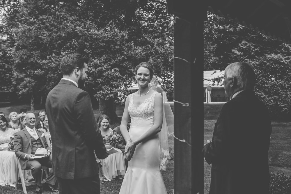 Bittenham-Springs-Outdoor-ceremony-wedding-photography-17.jpg