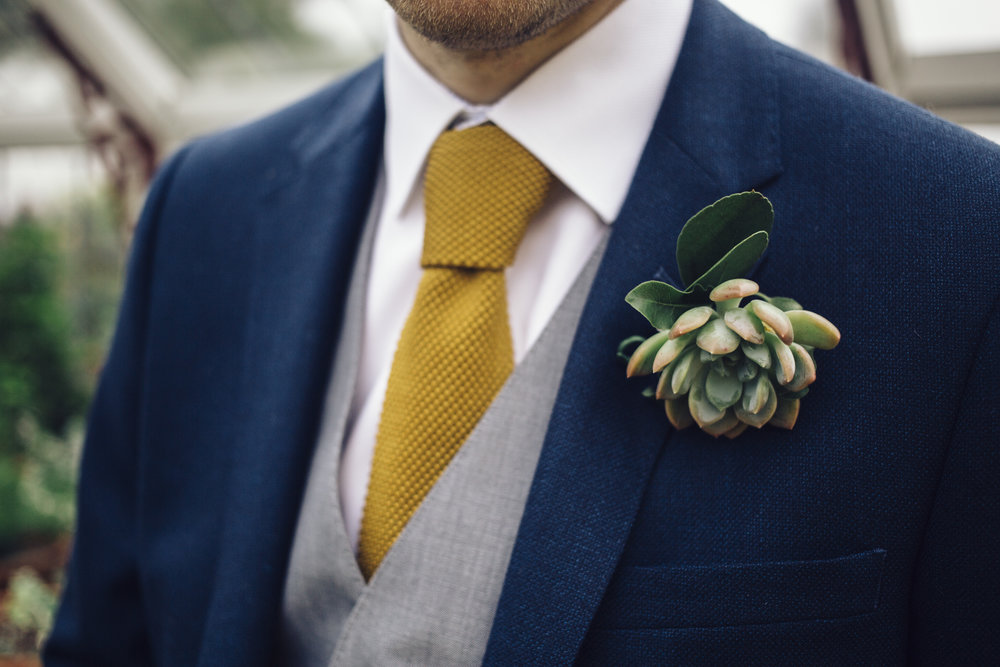 Groom Detail and Inspiration for the Alternative Wedding - Claire Basiuk Photography - 06.jpg
