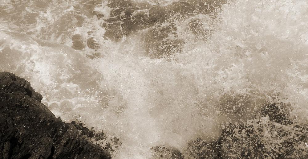 Vagues-collection-Rivages-Hiriketiya-Beach-Magali-Paris