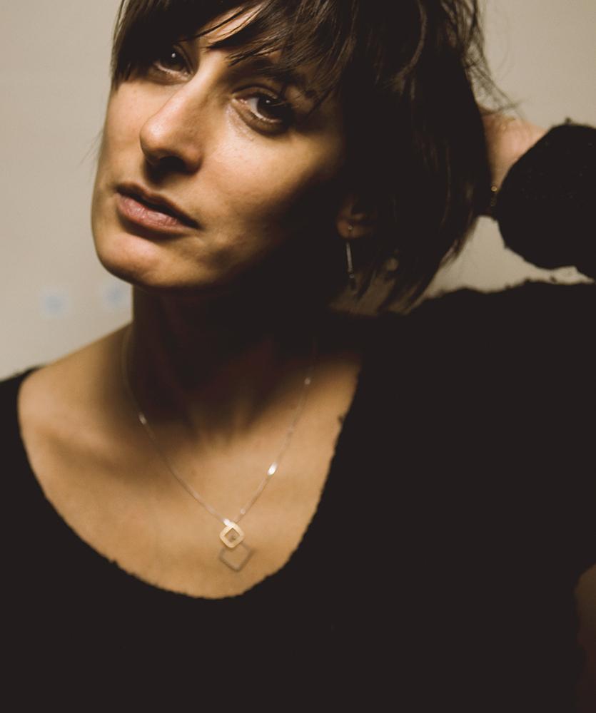 Portrait-Magali-Paris-creatrice-bijoux