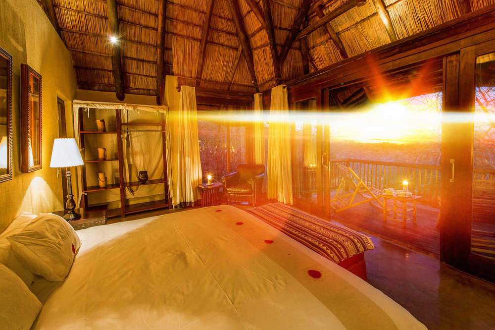 Rare Earth_Tshwene_Room Sunset.jpg