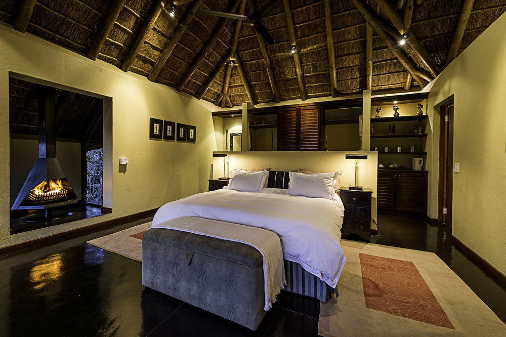 Rare Earth_Tshwene_Honeymoon Suite_2.jpg