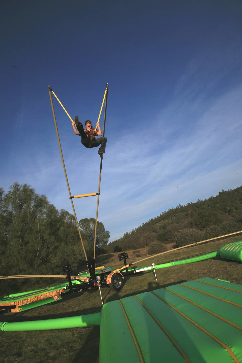 BUNGEE TRAMPS x 2 $880 (3 hour metro hire) including operator