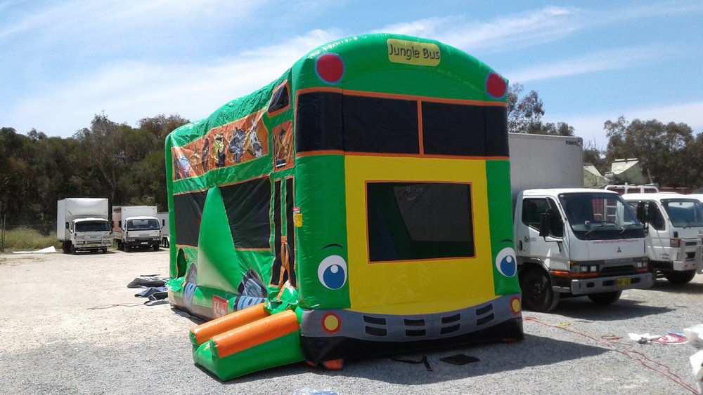 Safari Bus (2).jpg