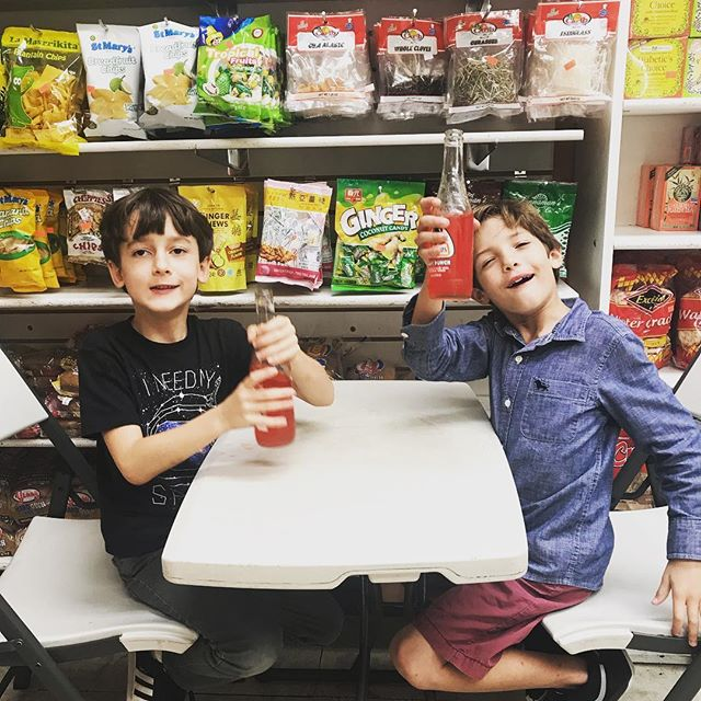 #miamilife is....pit stop at the Jamaican kitchen and store to enjoy a @jarritos on the way back from a party . . . . . . .#lifewithkids #instakids #saturday #citykids #miamilivibg #coolkids #urbanstyle #southmiami #miamilifestyle #funkids #buddies