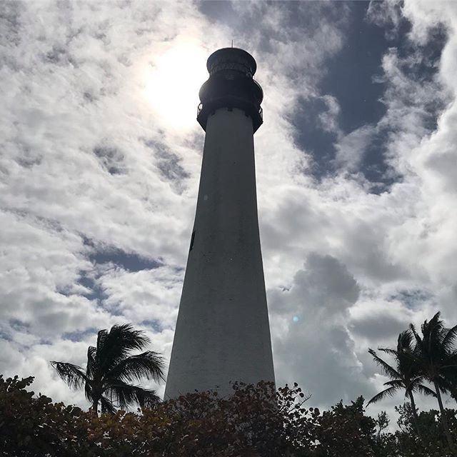 managed to escape to #paradise after a morning with clients and #showings in #keybiscayne . . . . . . . . . #keybiscaynebeach #miamibeach #lighthouse #capefloridalighthouse #beach #winter #winterinflorida #miamiwinter #realtorlife #property