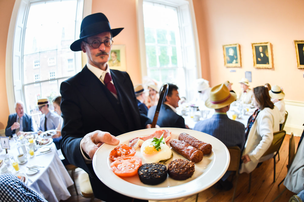 James Joyce impersonator enjoys Bloomsday Breakfast.jpg