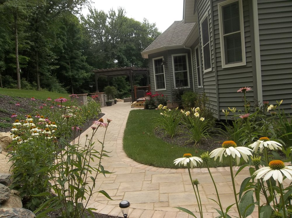 Why Weed Killer Begins With Pre-Emergent Herbicide in Westchester County, NY