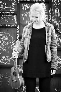 Ditte Dupont Priess Loft - sang | SANG og klaver | babyrytmik to-go26 35 81 70Send en mail▶︎ Se profil