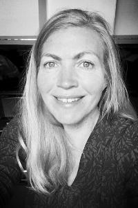 Karen Holm - Sang | KLAVER | Sang og brugsklaver50 59 99 55Send en mail▶︎SE PROFIL