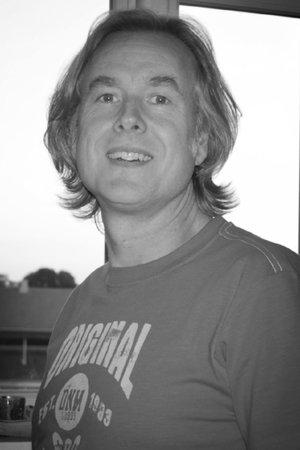 Jørgen A. Leth - GUITAR | KEYBOARD | UKULELE | UKULELEHOLD30 24 01 95Send en mail▶︎SE PROFIL