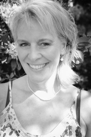 Susanne Noer - RYTMIK   RYTMIKFORLØB   DRAMA   PERFORMANCE   TEATERRYTMIk50 59 90 59Send en mail▶︎ SE PROFIL