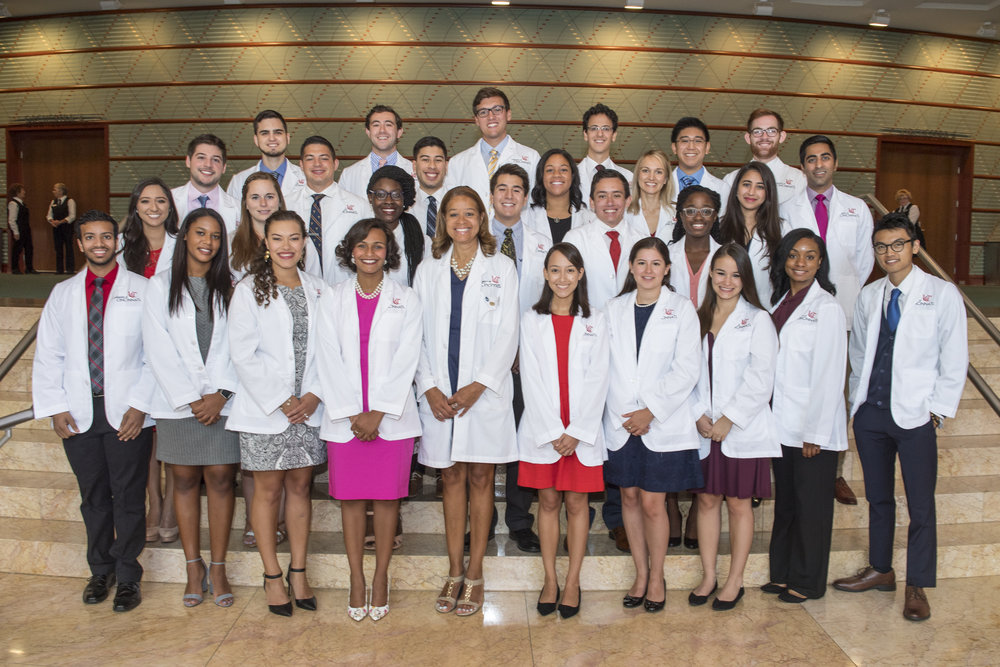 Mia Mallory with Minority Medical Students Photo.jpg