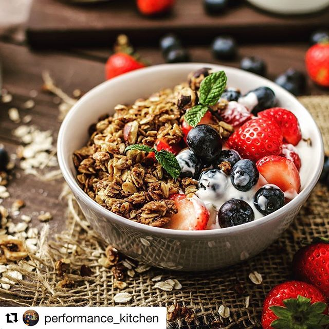 Check out @performance_kitchen! Pro athletes share tips and tools they use to eat for fuel. They'll be featuring some of our recipes, like this homemade granola.  #Repost @performance_kitchen (@get_repost) ・・・ Looking for a healthy breakfast recipe? USA International soccer player @sammymewyy shared her recipe for homemade granola with us • get the full recipe on our website (link in bio) • • • • #athlete #athletes #healthy #healthyfood #healthyeating #recipe #recipes #recovery #granola #breakfast #fit #fitness #fitfam #wellness #strength #strongwomen #strongnotskinny #soccer #football #gym #training #blog #blogger #fruit #cereal #strawberry #blueberry #happy #teamusa