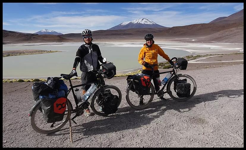 Céline et Gary - Mes deux amis suisses traversent l'Amérique. Croisés lors de mon entrée du Sud Lipez