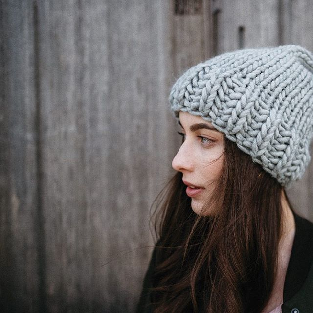 FW18 /UCLUELET the Toque in grey +/- Pom . Dream 💕team:  Model: @kristerentyeva  Photographer: @hennygraphy  Jewelry/Superfriend: @sarahmulderjewelry  Shops/Scenes: @thewreckageucluelet