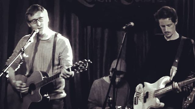 Playing at the @roisindubhpub with the band before Christmas! Video on YouTube! Check it out! #gig #music #tbt #citog #roisindubh #band #live #originalmusic #independentartist
