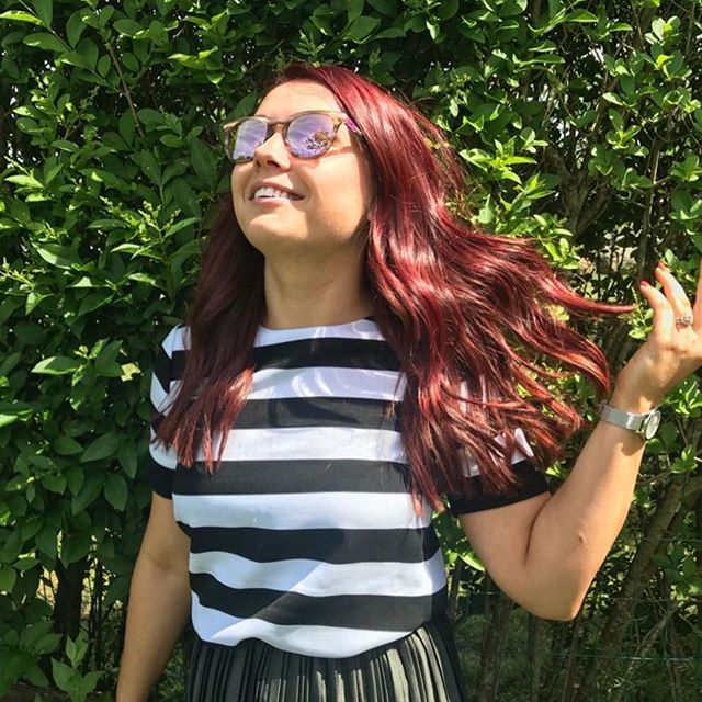 our girl @tanya_milovska gives us sunshine on a cloudy day 🎶🧜🏻♀️🌤