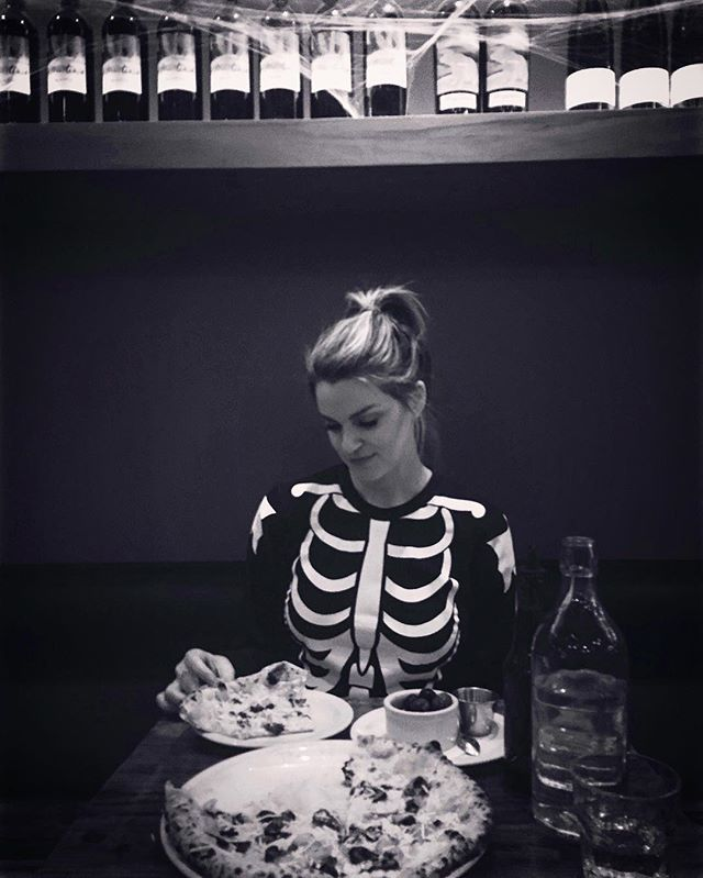 Halloween pizza date w/ @kerijwest 🎃🍕❤️💀