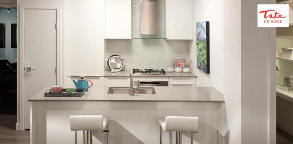 Tate on Howe - Kitchen - Elliot Funt.jpg