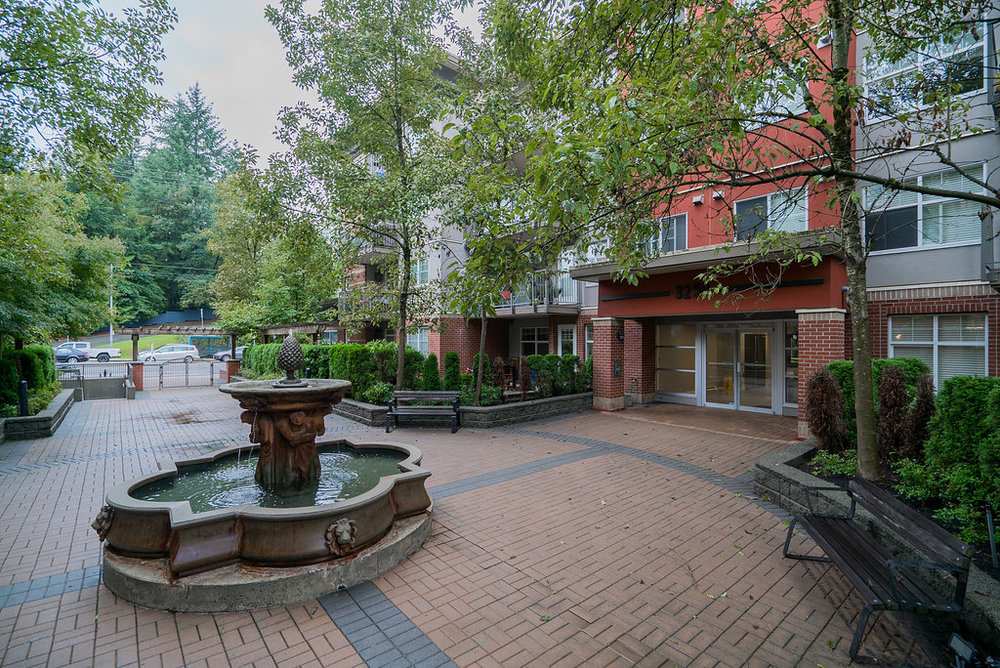 3250 Saint Johns Street is one of 3 buildings in The Square, a well kept and nicely landscaped, complex centrally located in Port Moody.