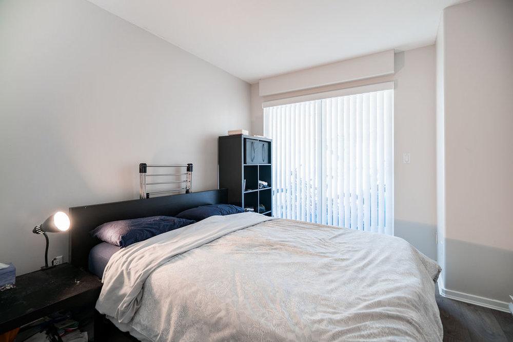 Second Bedroom - 9'6x10'9