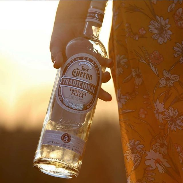 From tequila sunrises to tequila sunsets! We are honored to welcome Jose Cuervo as our Official Tequila. Get ready for the Lowcountry's most inspiring cocktails and sip-worthy week of events! For details visit link in bio. #tequila #hiltonhead