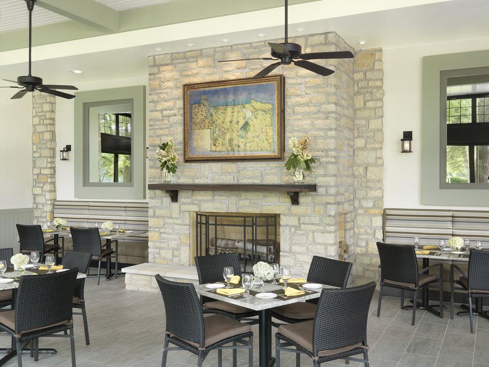 Dining toward fireplace.jpg