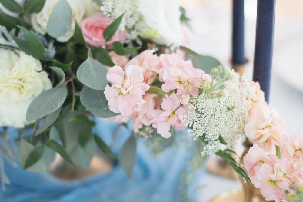 DoorCounty-WeddingPlanner-Florist.jpg
