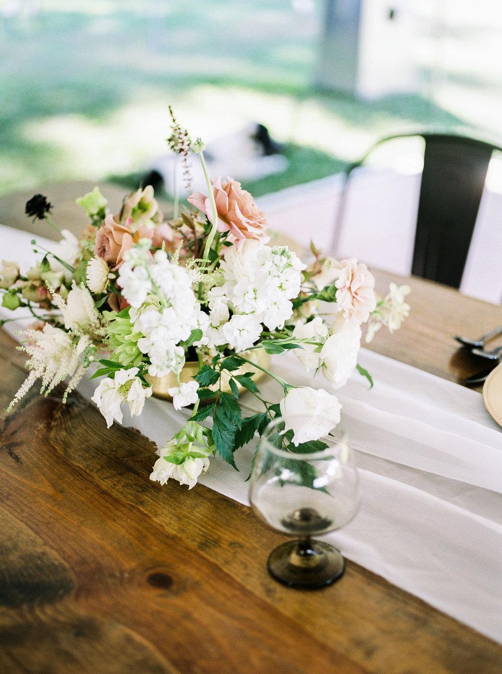 Camp-Sturtevant-Wausau-Wedding-Florist-KaseStyles-18-.jpg