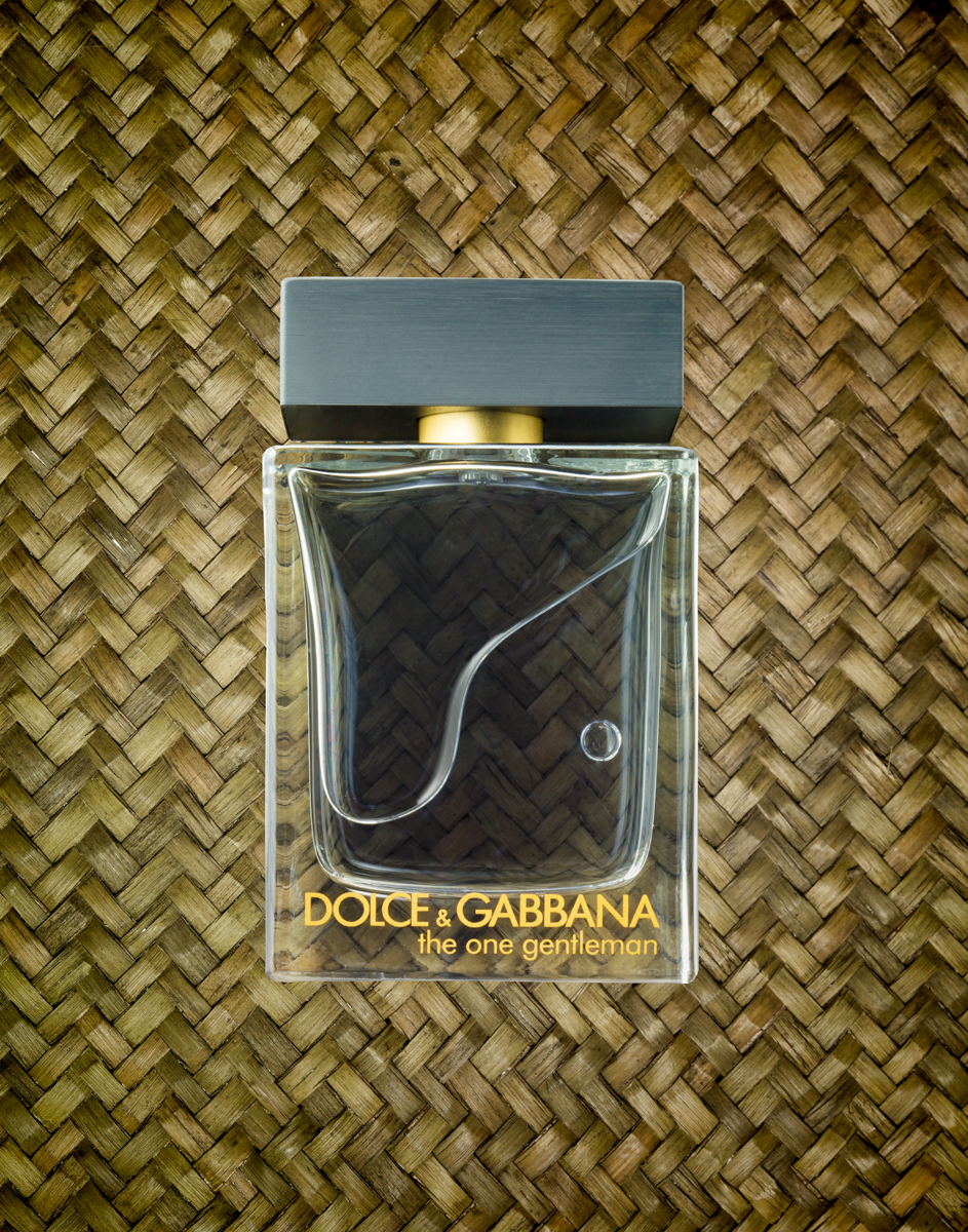 Dolce-and-Gabbana-The-One-Gentleman-11X14-Flat.jpg